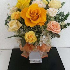 オレンジ薔薇の大輪