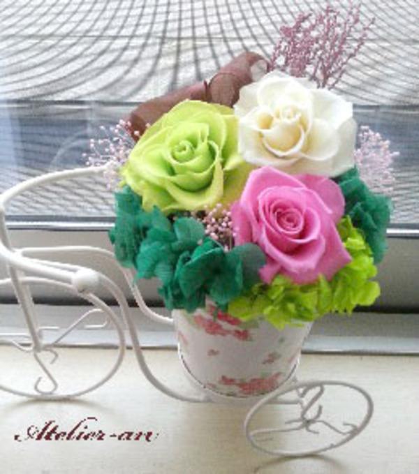 花かごの三輪車のサムネイル
