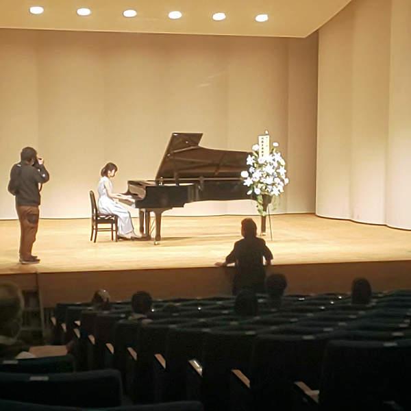 ピアノ発表会 舞台装花